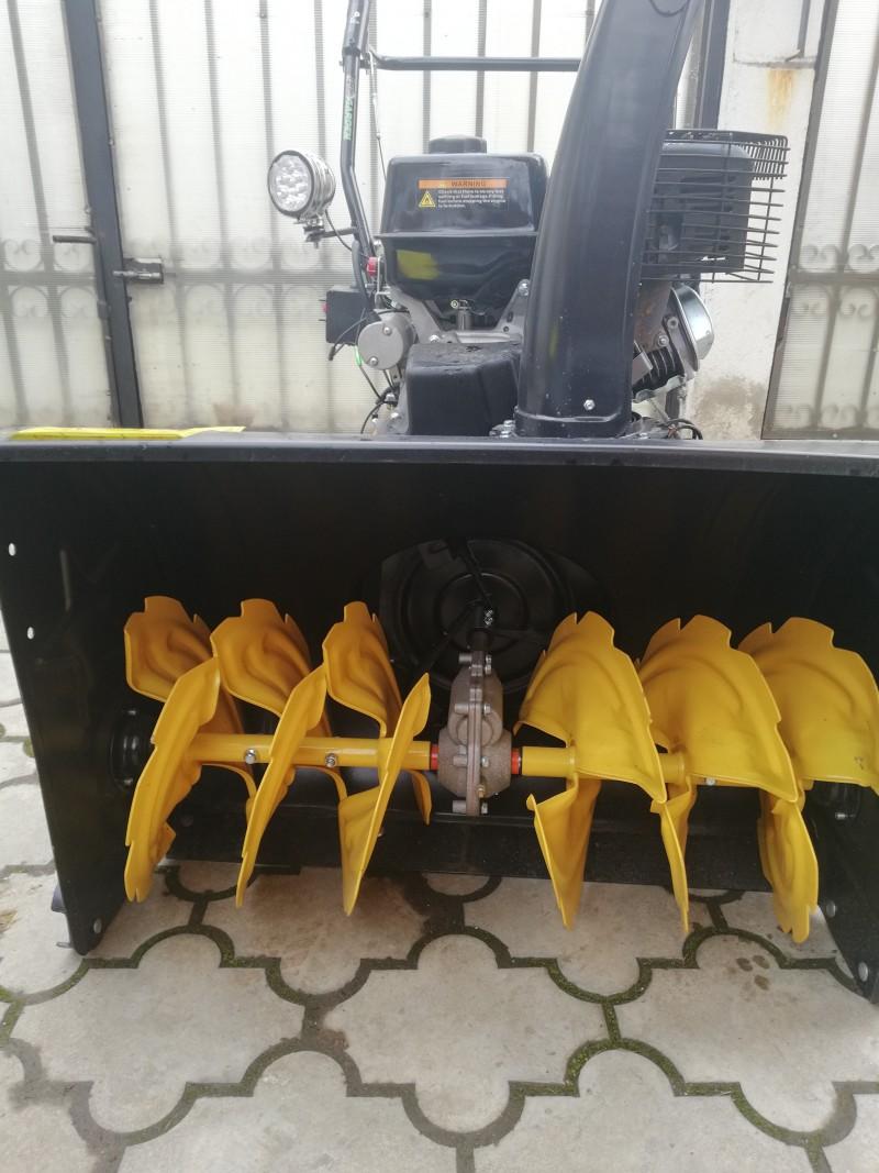 Poza Freza de zapada ProGARDEN FB7111E 71 cm motor Loncin 11CP pornire electrica. Poza 1